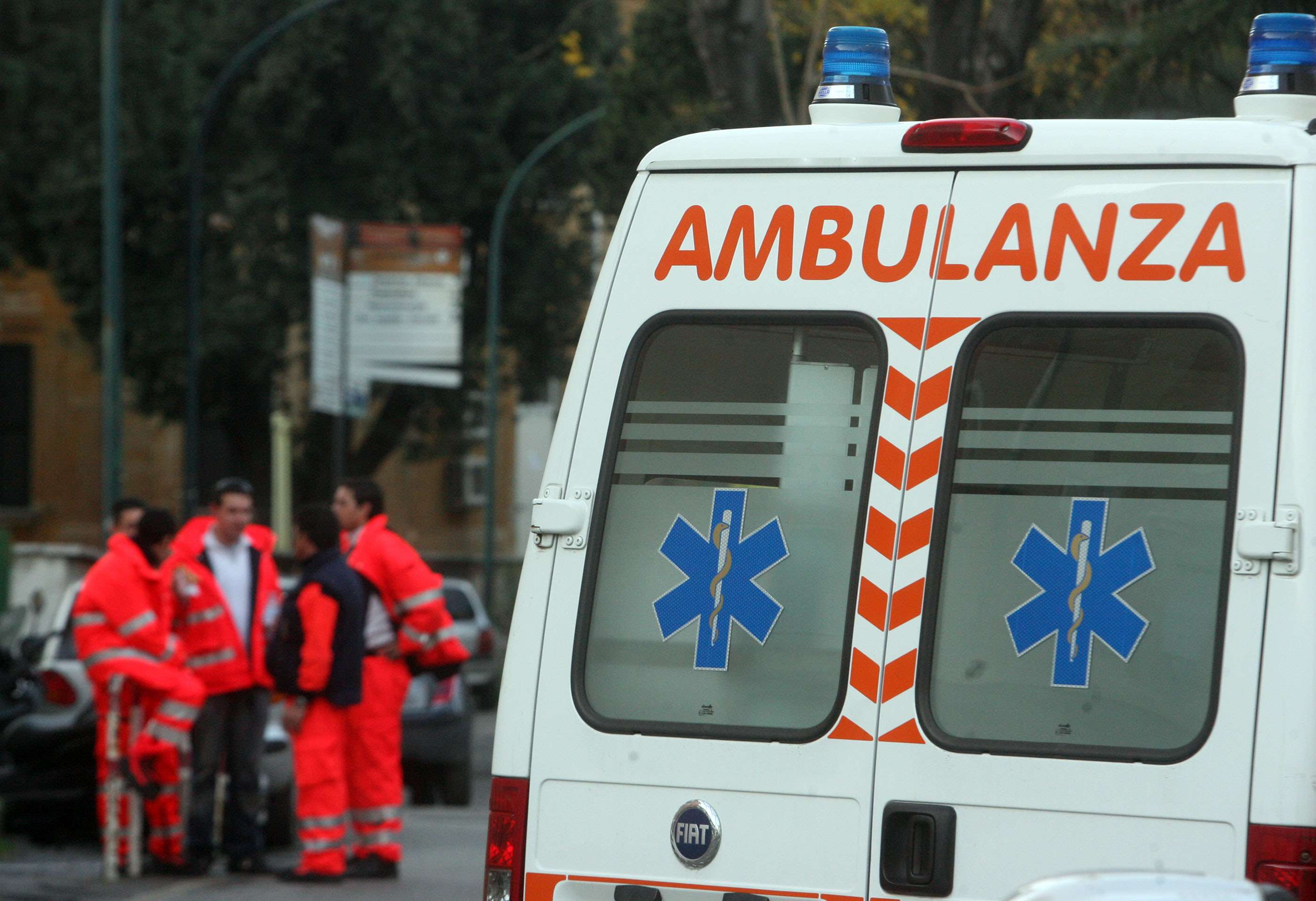 118. Personale aggredito, ambulanze obsolete e senza medici a bordo